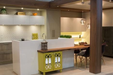 Kitchen Lacquer 1