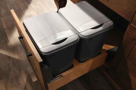 Centre de recyclage coulissant à bac double