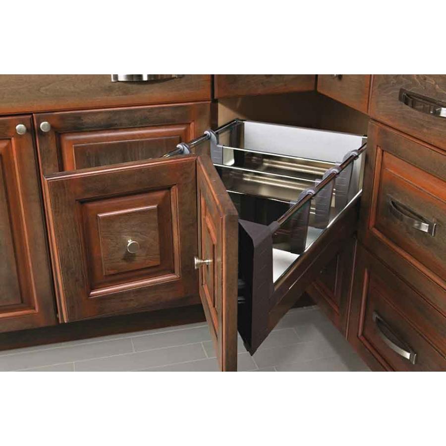 Le Mans Kitchen Storage: Cuisines Laurier