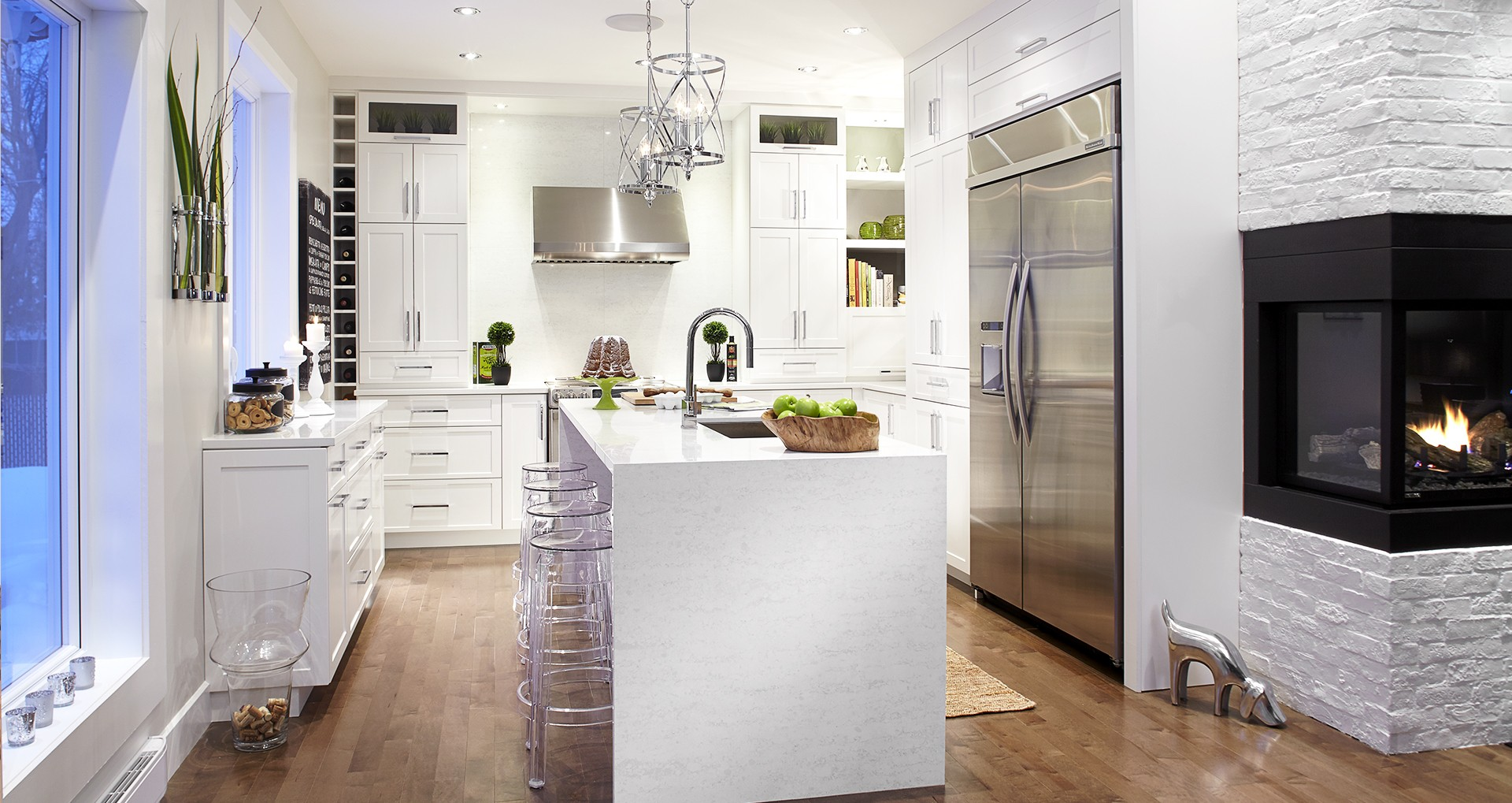Bathroom kitchen cabinets custom furniture counters for Cuisine laurier